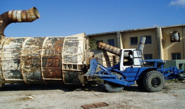 Dismantling of Ricasoli Industrial Estate Metal Silo
